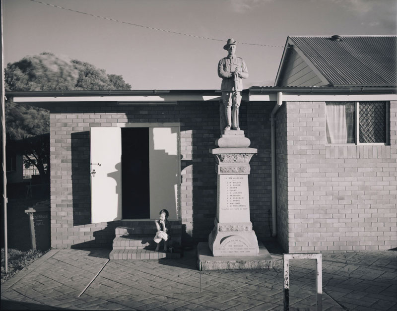 Laurence Aberhart, War Memorial, Westbrook, 2013, silver gelatin and selenium-toned photograph. Courtesy the artist and Darren Knight Gallery