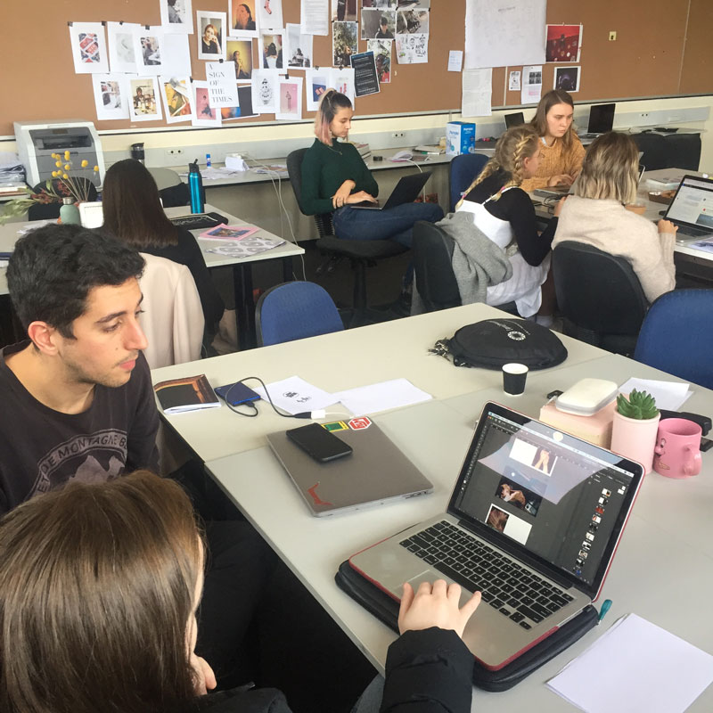 Students working in the Photo Futures Lab 2019. Photo: RMIT