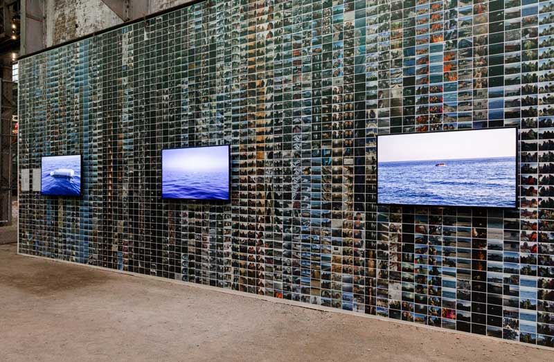 Ai Weiwei, 4,992 photos relating to refugees, 01 December 2015 – 10 February 2016, wallpaper and videos: Floating, On the Boat, At Sea. Presentation at the 21st Biennale of Sydney was made possible with generous support from the Sherman Foundation. Courtesy the artist and neugerriemschneider, Berlin. Photo: silversalt photography