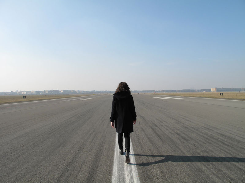 Lauren Brincat, This time tomorrow, Tempelhof, 2011, single-channel digital video, colour, sound